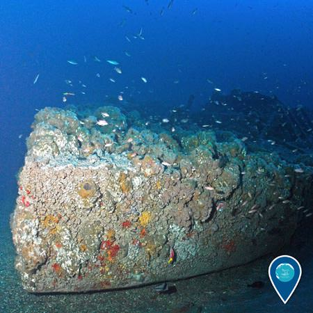 wreck of the uss monitor sitting on the seafloor