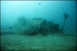 The remains of an SB2C-1C Helldiver carrier-based dive-bomber rest on the seafloor off the Maui coast. (Credit: University of Hawaii)