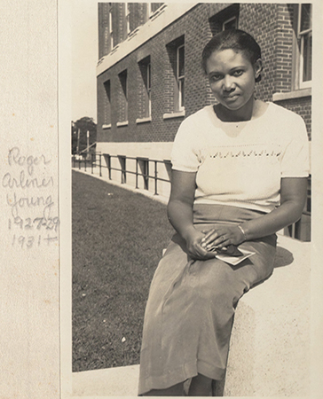 june bacon bercey June bacon-bercey is a pioneer in the field of meteorology, becoming the first black woman to earn a degree in.