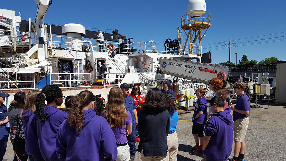 students at the noaa ship thomas jefferson
